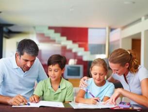 Писмо породичних људи Вучићу: Као родитељ и премијер одговорно одаберите будућег министра просвете!