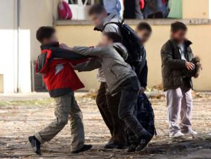 Вршњачко насиље у школи: како га ЗАИСТА решити? (1.ДЕО)