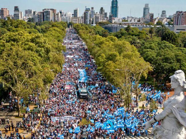 Dva miliona ljudi u Argentini hodalo za život i reklo NE abortusu