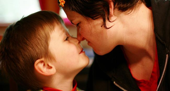 Маме и синови: танани и важни односи