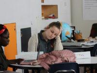 Школа за пример: Академија Ноуел помаже трудним тинејџеркама да дипломирају